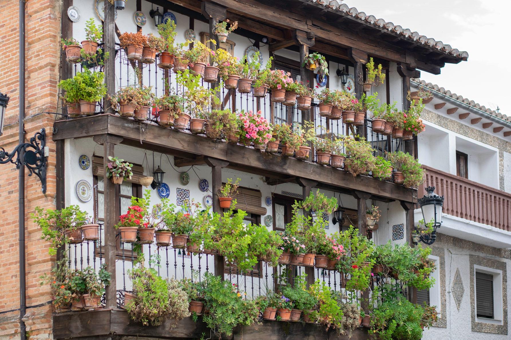 Fachada Casa de las Flores Candeleda